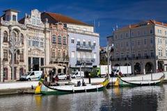 AVEIRO, PORTUGAL - 21 NOVEMBRE 2017 : bateau dans le channal Images libres de droits