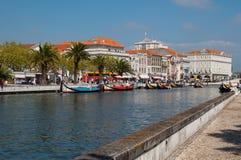 Aveiro stadssikt. Fartyg på floden. Portugal. Royaltyfria Bilder