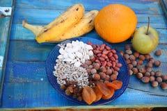 Avellanas secadas semillas Nuts de las frutas foto de archivo libre de regalías
