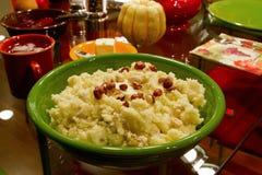Avellanas trituradas cena de las patatas del día de la acción de gracias Fotografía de archivo