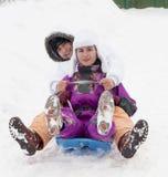 Avendo divertimento in neve Immagini Stock