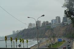 Avenida肋前缘Verde,绿色海岸大道,米拉弗洛雷斯,利马, Perú 库存照片