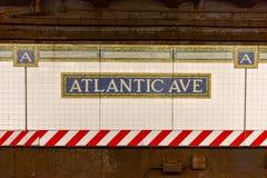Avenida atlántica, estación del centro de Barclays - subterráneo de NYC imagen de archivo libre de regalías