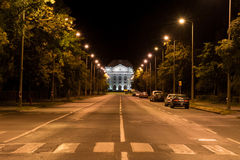 Avenida da universidade em Debrecen na noite Foto de Stock
