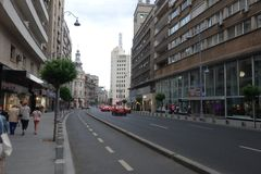 Avenida de Calea Victoriei em Bucareste do centro Imagem de Stock