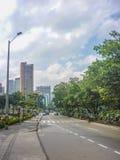 Avenida de Medellin Colômbia imagens de stock royalty free