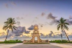 Avenida do valor, West Palm Beach, Florida imagem de stock royalty free