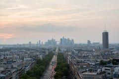 Avenida parisiense fotos de stock