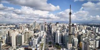 Avenida Paulista στην πόλη του Σάο Πάολο, Βραζιλία στοκ εικόνες