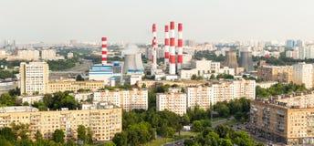 Avenidas de la opinión panorámica de Moscú desde arriba -, área residencial, central eléctrica Opinión de alto ángulo fotos de archivo
