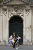 Aventine-Schlüsselloch in Rom Stockfotos