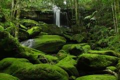 Aventura de la cascada en Tailandia Foto de archivo