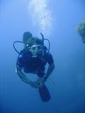 Aventura del buceo con escafandra Foto de archivo libre de regalías