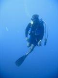 Aventura del buceo con escafandra Imagen de archivo libre de regalías