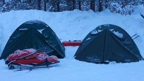 Aventura del invierno que acampa en lappland almacen de metraje de vídeo
