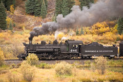 Aventura del tren de la montaña rocosa Fotos de archivo