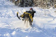 Aventura do carro de neve Fotos de Stock