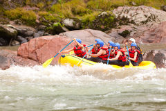 Aventura el transportar en balsa de río de Whitewater Foto de archivo