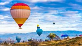 Aventura exterior do balão de ar quente fotos de stock