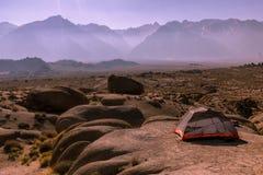 Aventura exterior nas montanhas de Califórnia central Foto de Stock Royalty Free