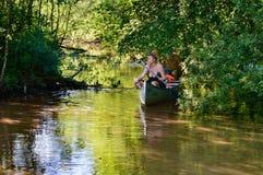 Aventure sur la rivière Images libres de droits