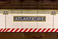Avenue atlantique, station de centre de Barclays - souterrain de NYC image libre de droits