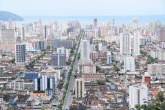 Avenue de côte d'Ana en Santos Brasil Photographie stock libre de droits