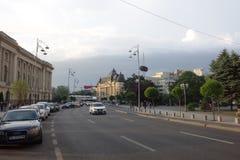 Avenue de Calea Victoriei à Bucarest Photographie stock