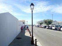 Avenue du Dr. Cambon, Saintes-Maries-de-la-Mer, France Photographie stock libre de droits