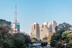 Avenue 23th le mai Avenida 23 de Maio à Sao Paulo, Brésil Images libres de droits