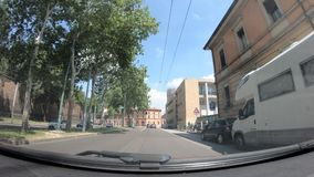 Avenues POV de ville de Bologna banque de vidéos