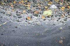 Avfalls för kloakvattenförorening arkivbild