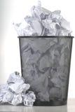avfallskorg Arkivfoton