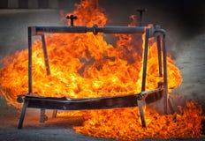 Avfyra för brandmanutbildning Arkivbild