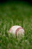 avgådd baseball royaltyfria bilder