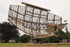 avgådd militär radar royaltyfri bild