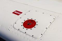 Avgas för flygplanbränslebehållare Royaltyfri Bild