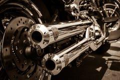 Avgasrör av motorcykeln Harley Davidson Softail Arkivfoto