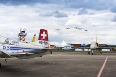 Avião aerobatic dos insetos da equipe P3 de Pilatus Warbird do suíço Fotografia de Stock Royalty Free