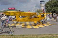 Avião amarelo de Cub do gaiteiro Imagens de Stock Royalty Free