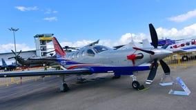 Avião comercial da turboélice de Daher-Socata TBM 900 único na exposição em Singapura Airshow Fotos de Stock