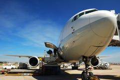 Avião comercial pronto do descolagem Fotografia de Stock Royalty Free