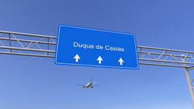 Avião comercial que chega ao aeroporto de Duque de Caxias Viagem à rendição 3D conceptual de Brasil imagens de stock