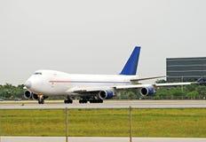 Avião da carga Fotografia de Stock Royalty Free