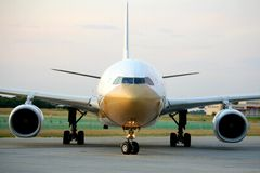 Avião de Air China em Ferihegy, Hungria Foto de Stock