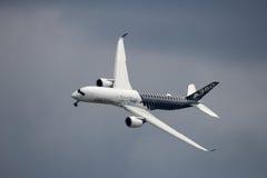 Avião de Airbus A350 XWB Foto de Stock Royalty Free