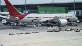 Avião de carga da carga do lapso de tempo filme