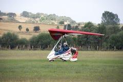 Avião de Microlight na terra Fotos de Stock