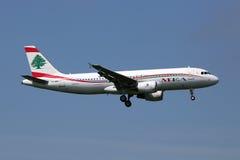 Avião de Middle East Airlines MEA Airbus A320 Foto de Stock Royalty Free