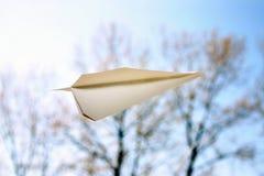 Avião de papel Fotografia de Stock Royalty Free
